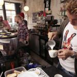 Reportage bij The Village in Utrecht. Een concept van koffie en muziek.